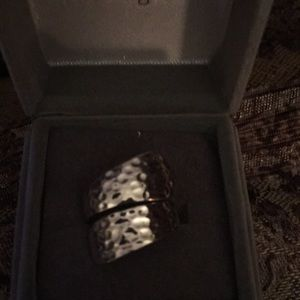 Jewelry - Beautiful hammered sterling silver ring